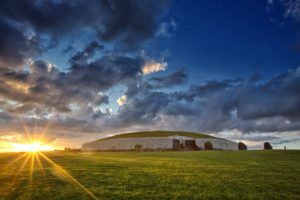 newgrange-hill-of-tara-private-tour